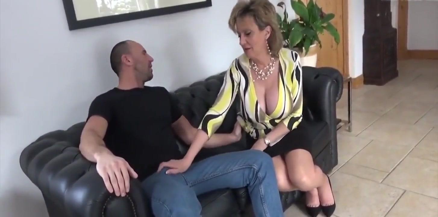 MILF kinky sex