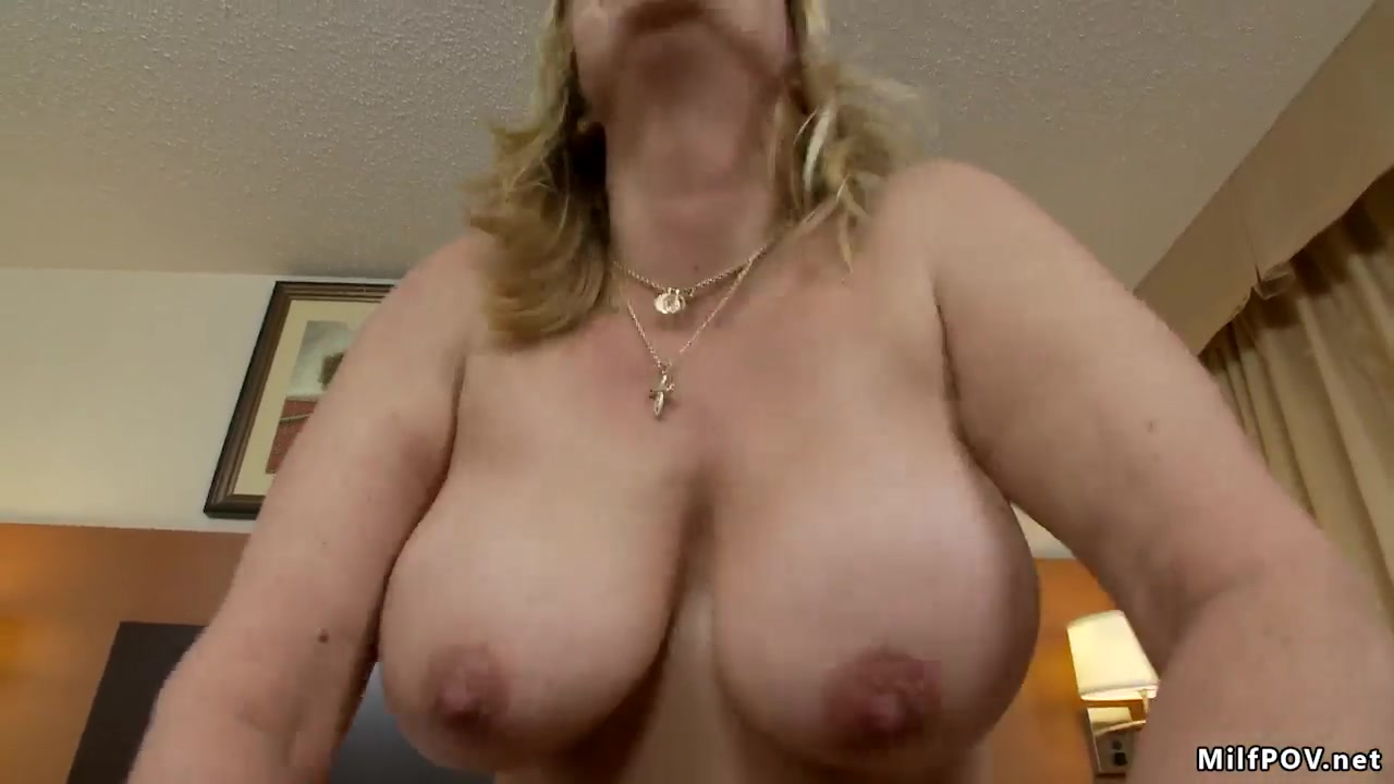 Threesome Big Natural Tits