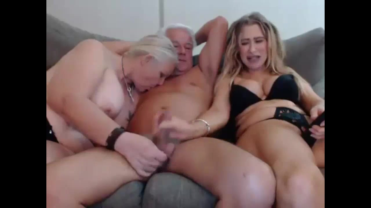 Grandma and grandpa threesome