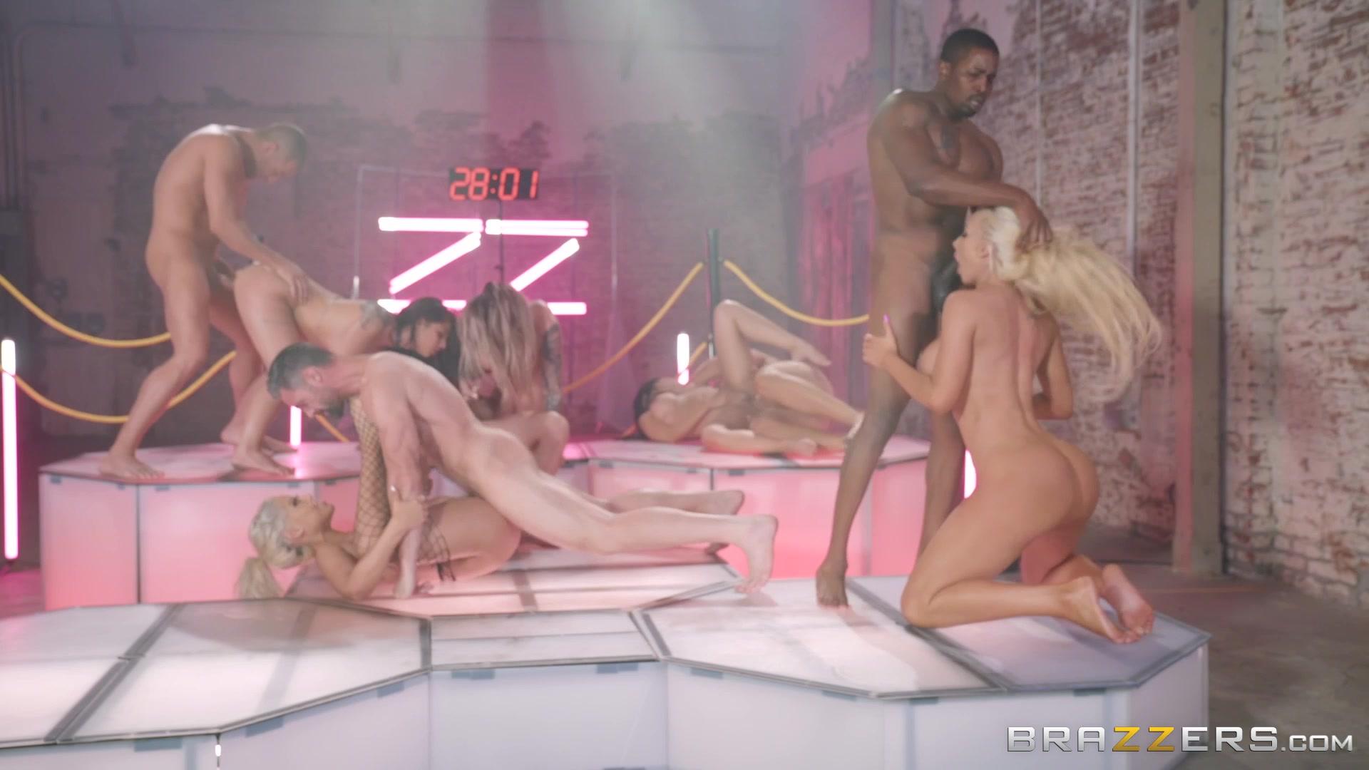 Rose mcgowan sex clips