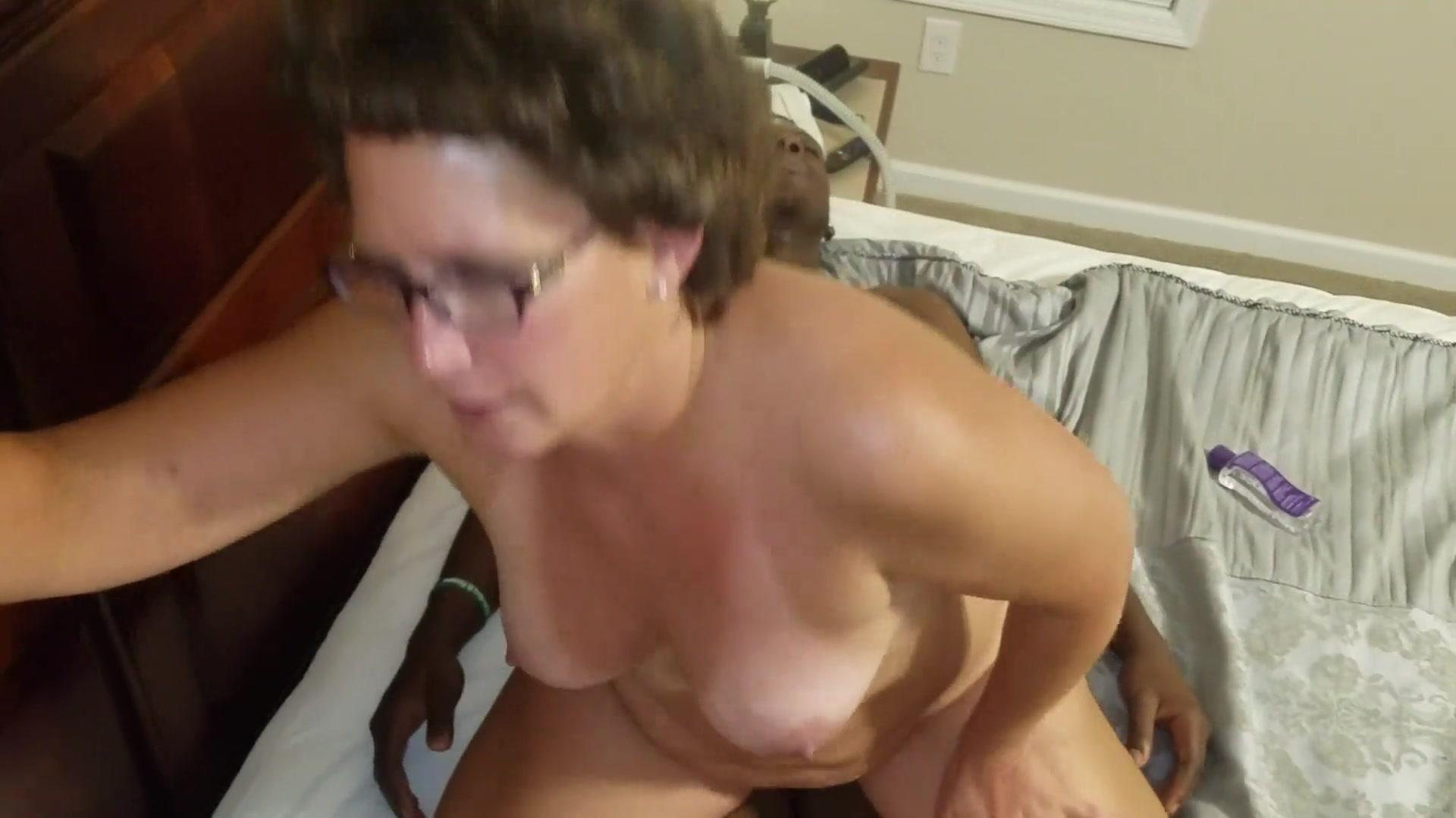 Dick fucks mom you