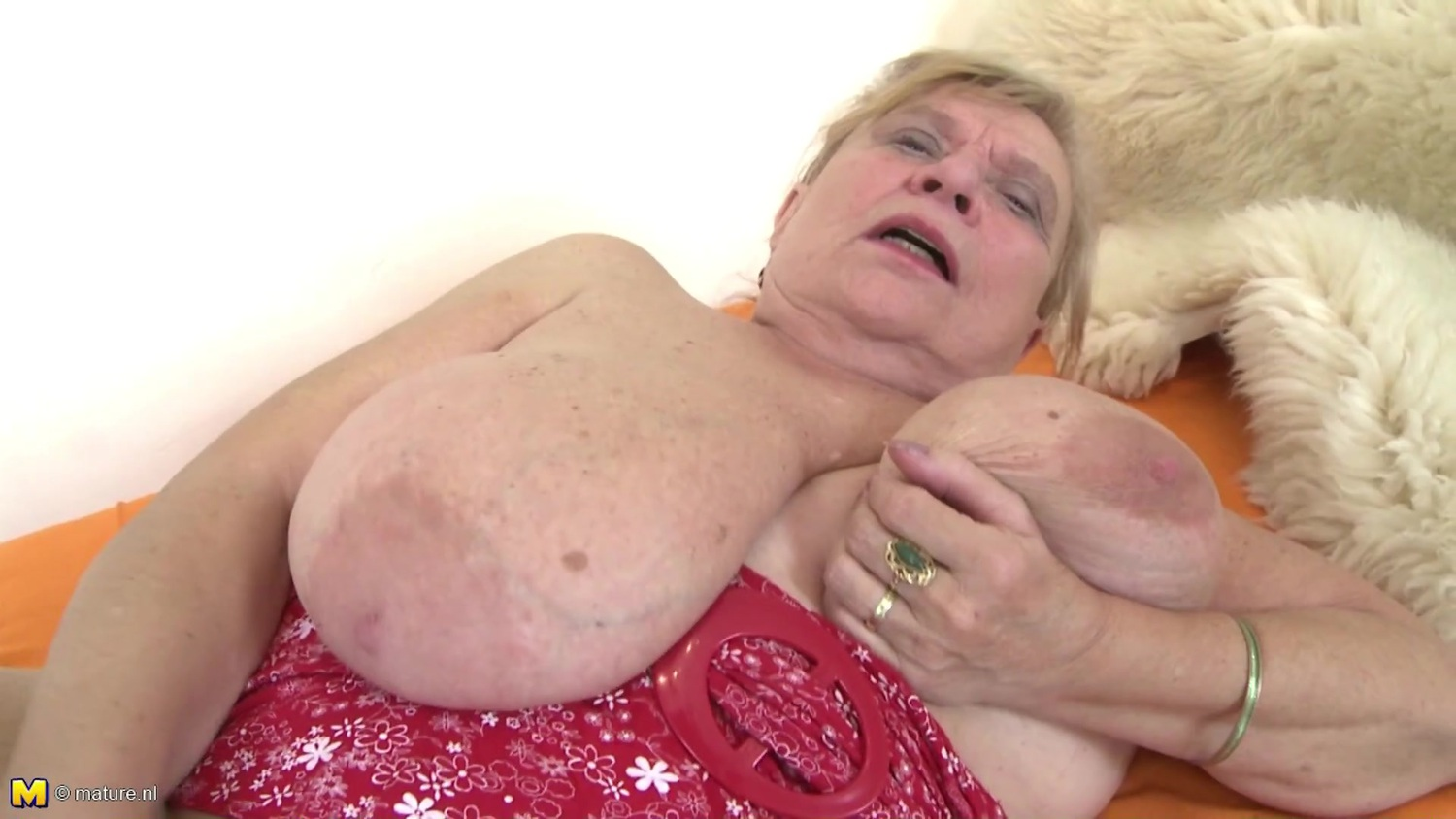 fucking-oldest-grannies-pussy-videos-daughter-was
