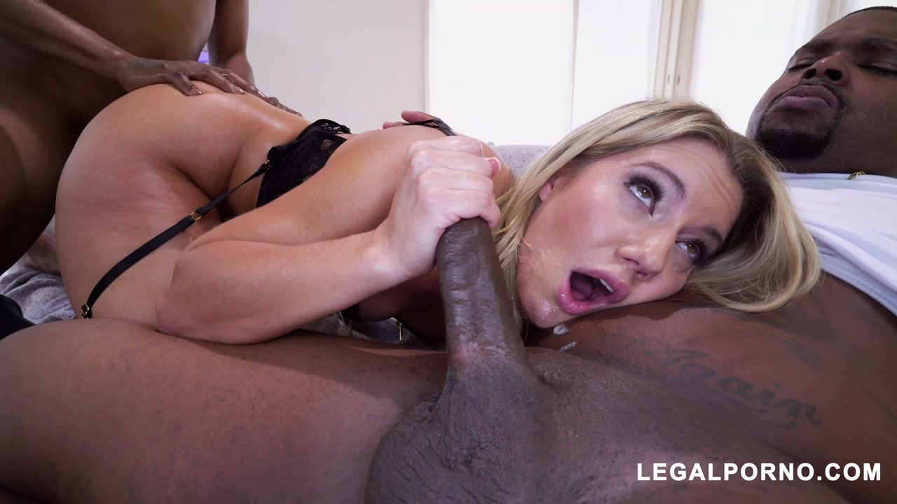 Raunchy hussy Candice Dare mind-blowing interracial scene